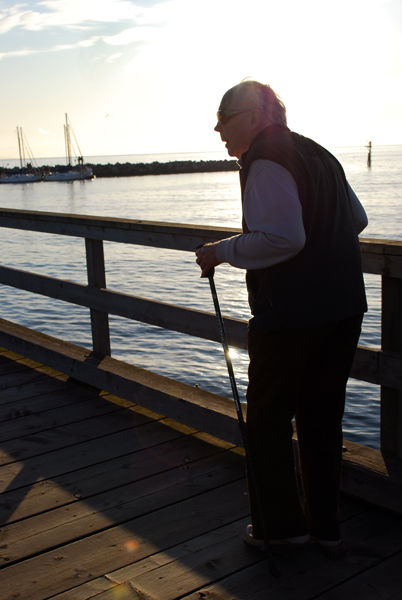A white rock senior takes advantage of the late-November sunny day by keeping active. (Kristi Jut photo)